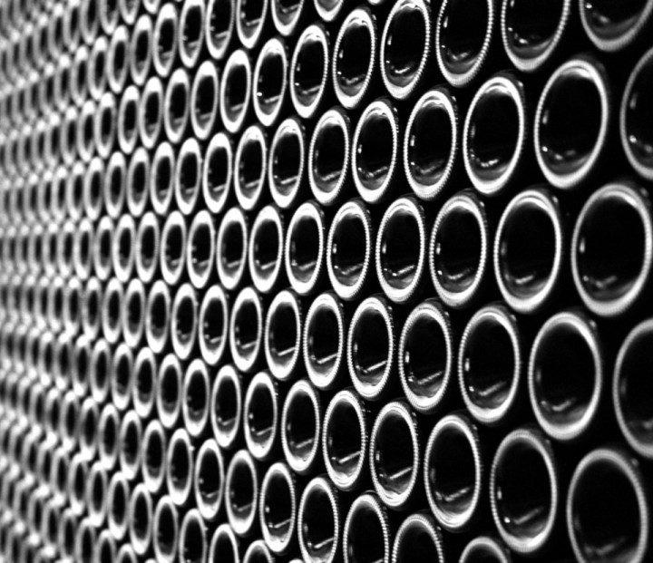 Jakie akcesoria do wina można nabyć w specjalistycznych sklepach?
