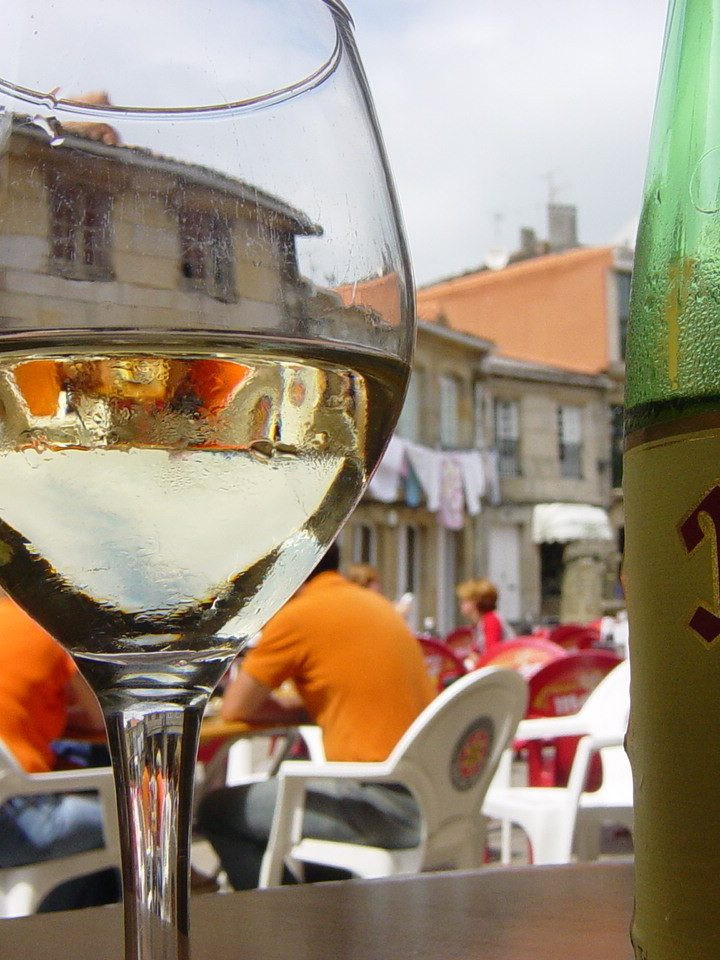 Wino poprawia trawienie